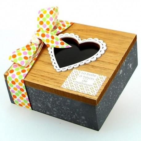 Boîte à trésors avec bijou